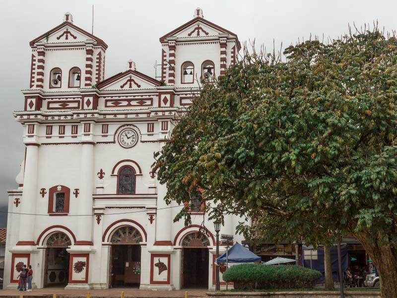 Iglesia de Guatapé Antioquia