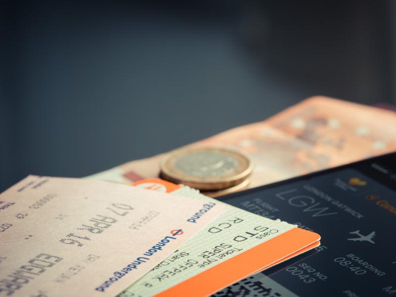 Pasabordo de vuelo y documentación importante para viajar