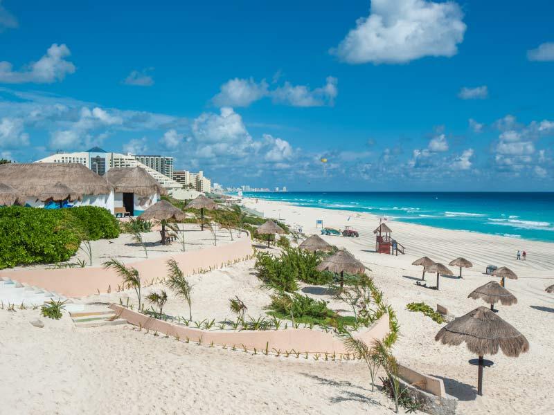 Playas y hoteles en Punta Cancún