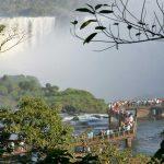 Vistas de las Cataratas brasileñas y argentinas